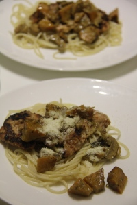 Chicken. creamy pumpkin and mushroom pasta